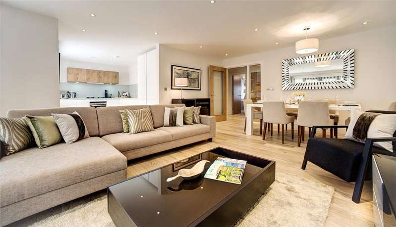 2 Bedrooms Flat for sale in Octavian House, 15-17 Alexandra Road, St. John's Wood, London, NW8