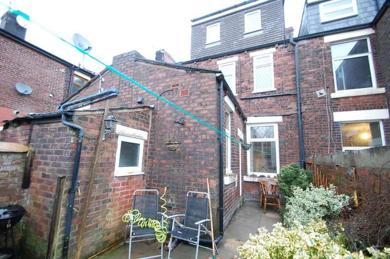 3 Bedrooms Terraced House for sale in Whalley New Road