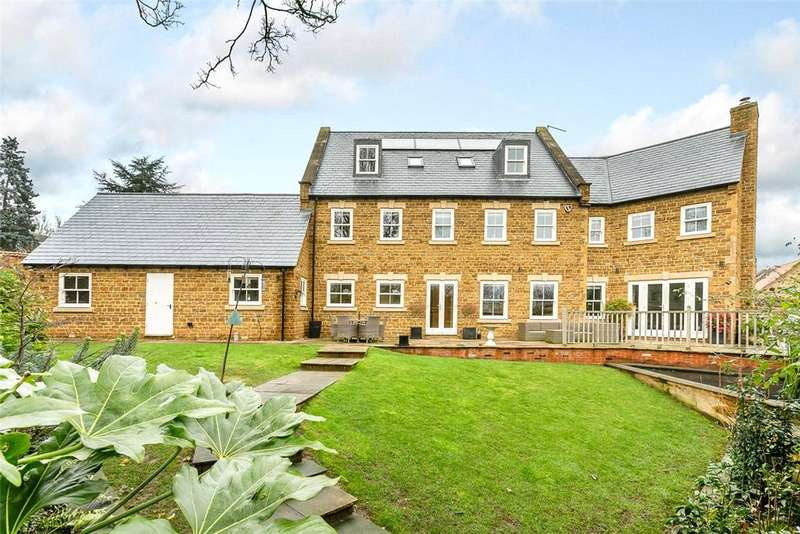 6 Bedrooms Detached House for sale in Convent Gardens, High Street, Great Billing, Northampton, NN3