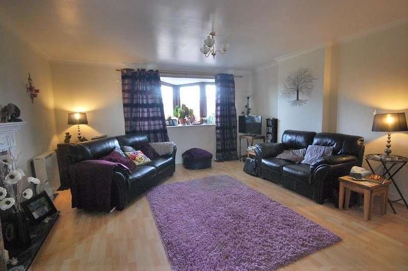 2 Bedrooms Apartment Flat for sale in Newbiggin Hall