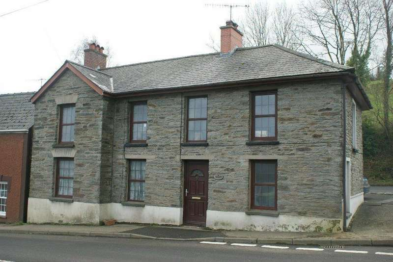 2 Bedrooms Detached House for sale in Station Road, Newcastle Emlyn, Carmarthenshire SA38