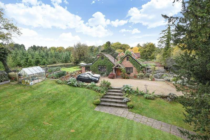 3 Bedrooms Detached House for sale in The Coach House, Brantridge Lane, Balcombe, RH17