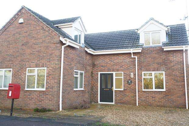 3 Bedrooms Detached House for sale in Gull Road, Guyhirn, Wisbech, PE13