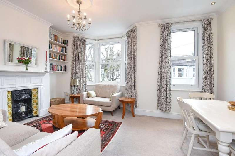 3 Bedrooms Flat for sale in Strathville Road, Earlsfield