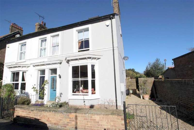 5 Bedrooms Semi Detached House for sale in Lockwood Street, Driffield, East Yorkshire