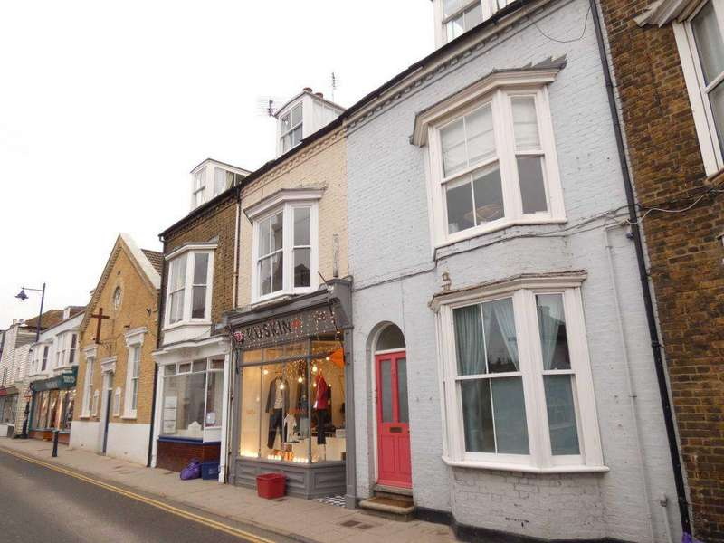 2 Bedrooms Flat for rent in Whitstable