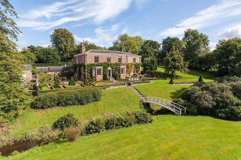 6 Bedrooms Detached House for sale in Mobberley, Knutsford - Georgian house in lovely 9 acre grounds