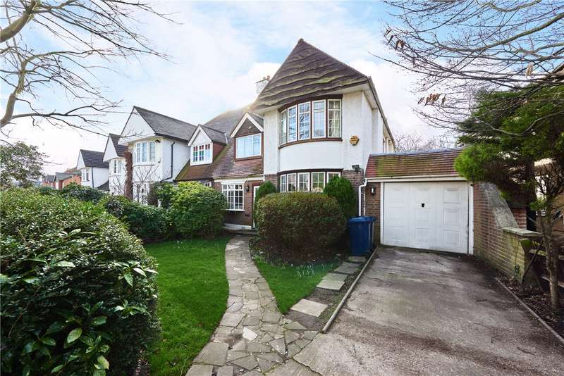 3 Bedrooms Semi Detached House for sale in Rosemont Road, London, W3