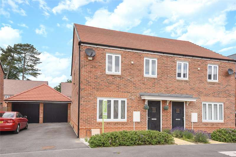 3 Bedrooms Semi Detached House for sale in Samborne Drive, Wokingham, Berkshire, RG40