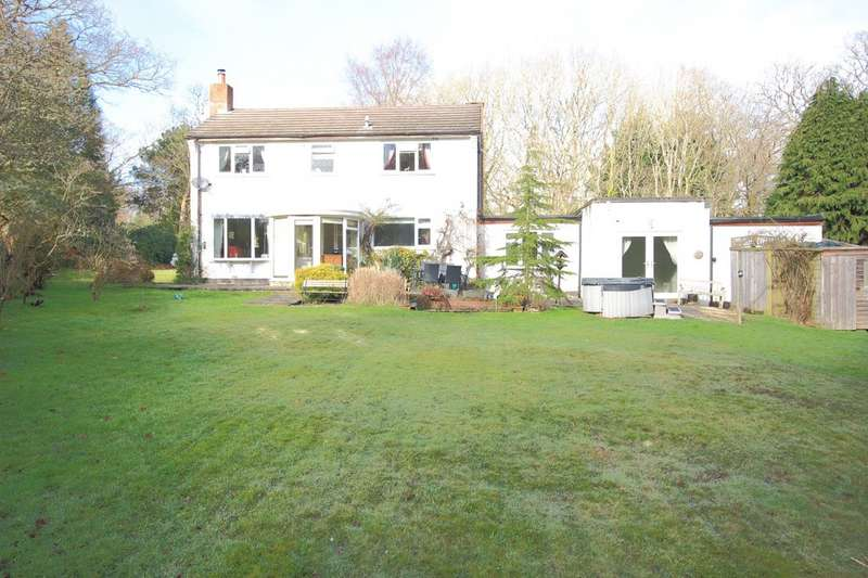 4 Bedrooms Detached House for rent in Sway, Lymington SO41