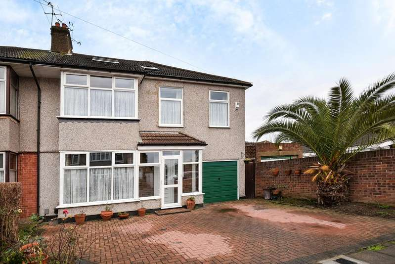 6 Bedrooms Semi Detached House for sale in Shakespeare Road Bexleyheath DA7