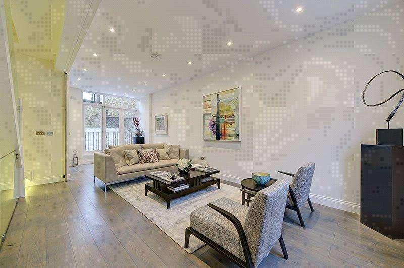 4 Bedrooms Terraced House for sale in Walton Street, Chelsea, London, SW3