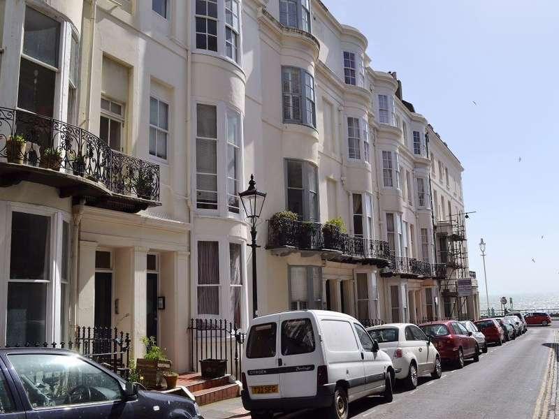 2 Bedrooms Flat for sale in Atlingworth Street, BRIGHTON, BN2