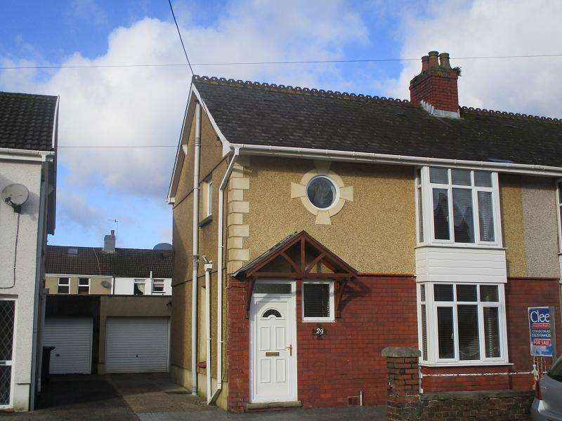 3 Bedrooms Semi Detached House for sale in Glanrhyd Road, Ystradgynlais, Swansea.