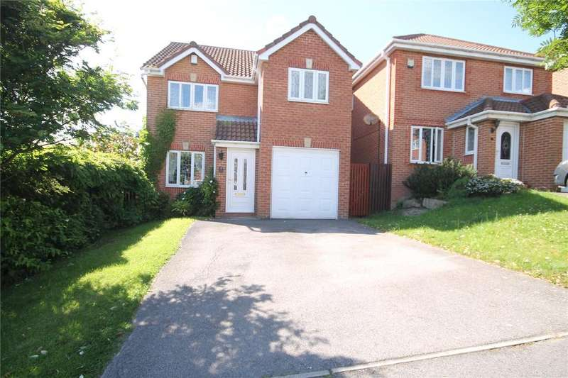 3 Bedrooms Detached House for sale in Priest Royd, Darton, Barnsley, S75