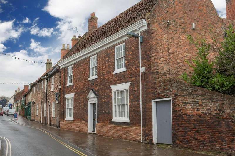 4 Bedrooms House for sale in Fleetgate, Barton-Upon-Humber, North Lincolnshire, DN18