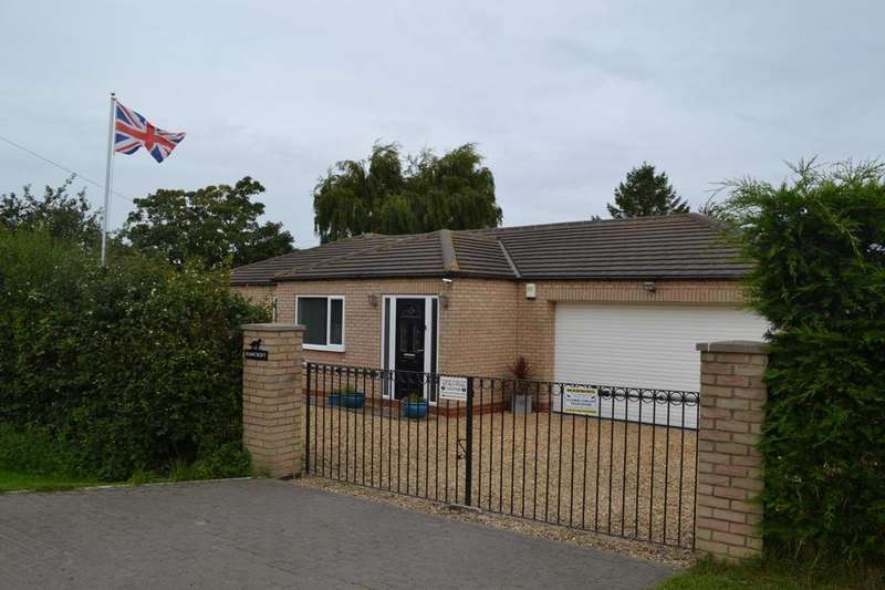4 Bedrooms Detached Bungalow for sale in Ings Road, Kirton Lindsey, Gainsborough, Lincolnshire, DN21
