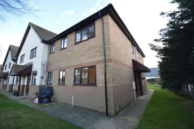 2 Bedrooms End Of Terrace House for sale in Tollgate Court, London Road, Stanway