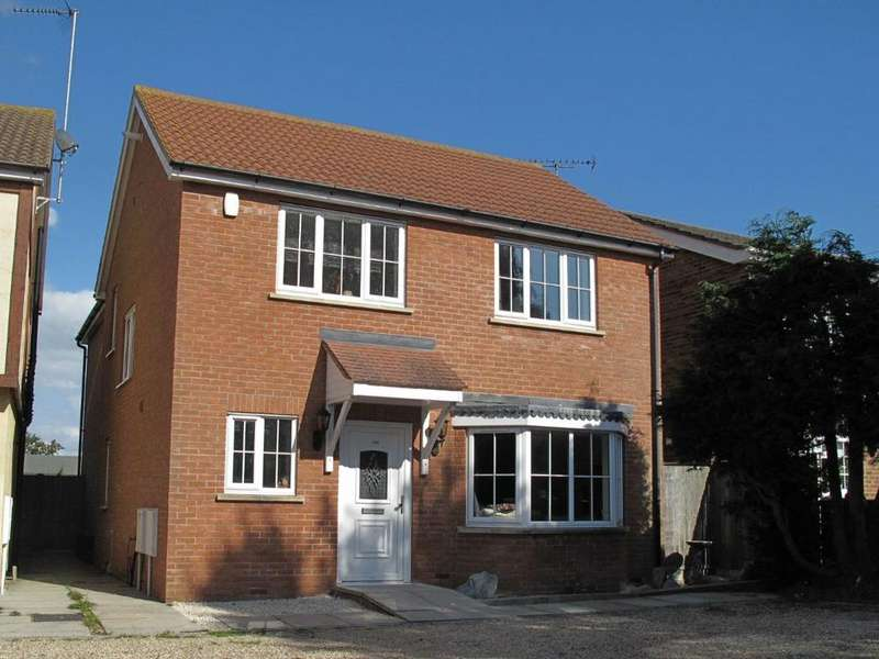 4 Bedrooms Detached House for rent in Thorpe Road, Kirby Cross, CO13 0NQ
