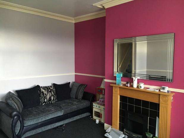 2 Bedrooms Terraced House for sale in Stanacre Place, Bradford, BD3