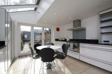 5 Bedrooms Terraced House for rent in Circus Street, Oxford OX4 1JR