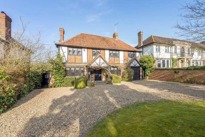 5 Bedrooms Detached House for rent in Brookmans Avenue, Brookmans Park, Hatfield, Hertfordshire, AL9