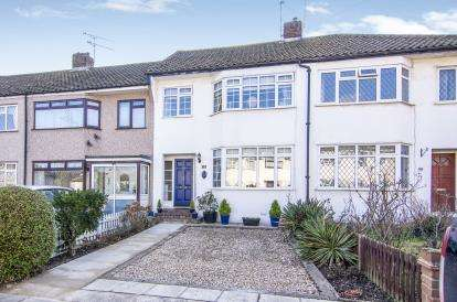 3 Bedrooms Terraced House for sale in Upminster, ., Essex