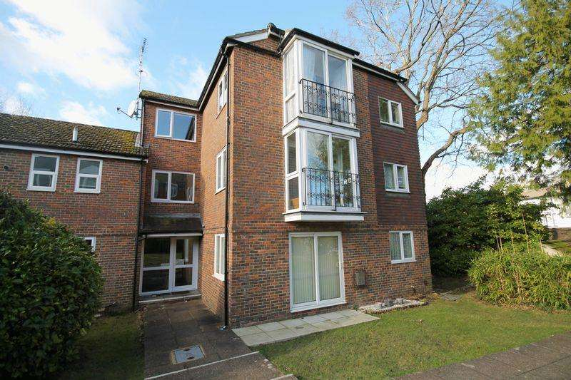 2 Bedrooms Apartment Flat for sale in Keymer Road, Hassocks, West Sussex,