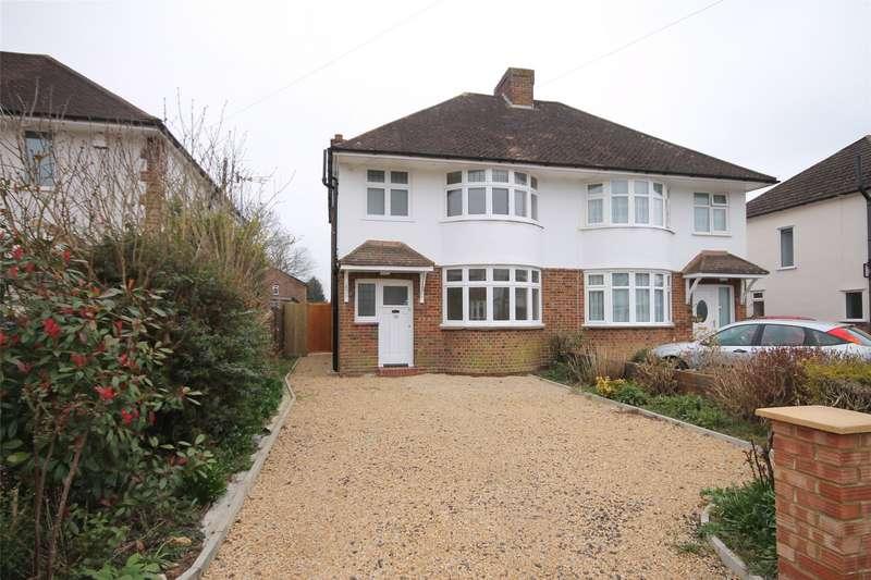 3 Bedrooms Semi Detached House for rent in Parkway, Horley, Surrey, RH6