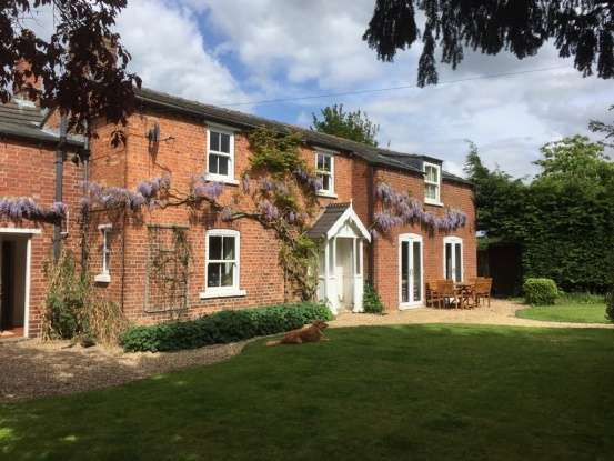 4 Bedrooms Semi Detached House for sale in Westgate Bakers, Sleaford, North Kesteven, Lincolnshire, NG34 9ES