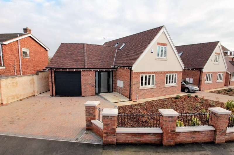 3 Bedrooms Barn Conversion Character Property for sale in Grange Close, Ashby-de-la-Zouch