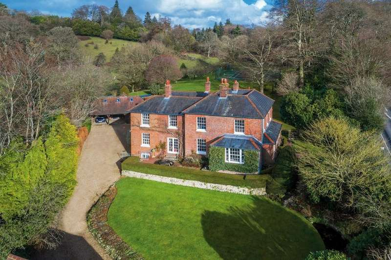 6 Bedrooms Detached House for sale in Haslemere, Surrey