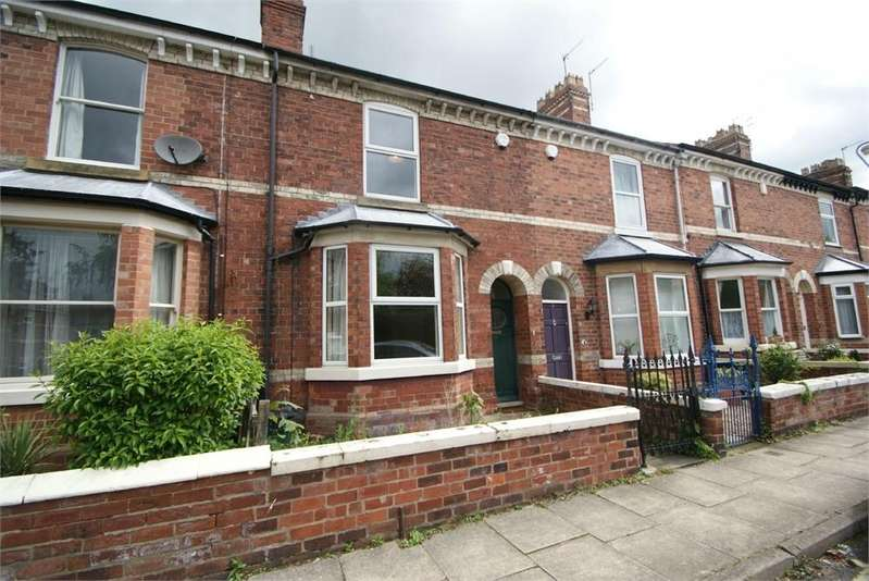 2 Bedrooms Terraced House for rent in Grove View, York