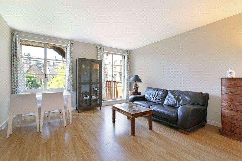 1 Bedroom Flat for sale in The Circle, Queen Elizabeth Street, London, SE1