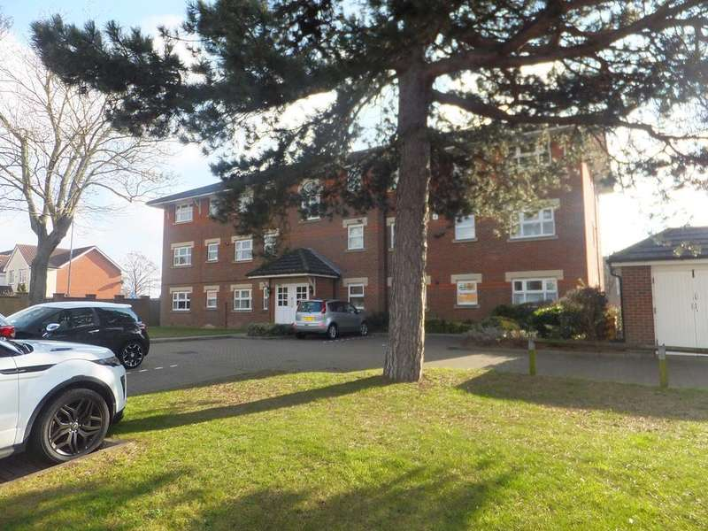 2 Bedrooms Ground Flat for rent in BURNS CLOSE, BILLERICAY CM11