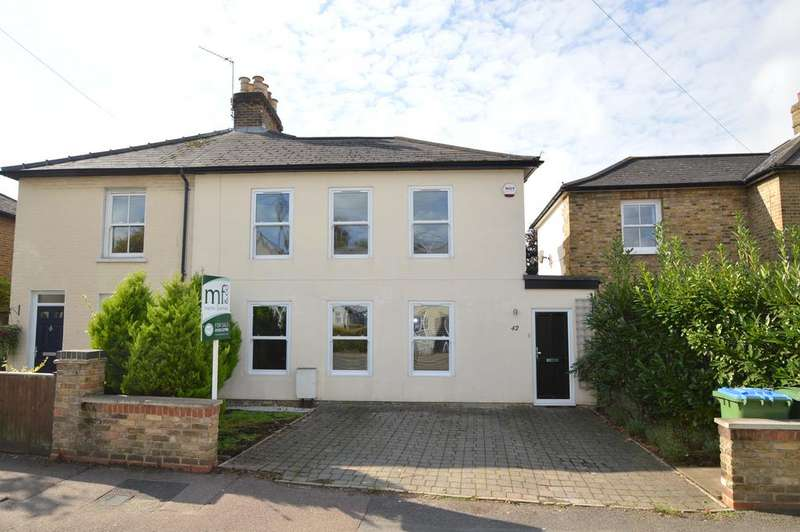 2 Bedrooms Semi Detached House for sale in Queens Road, Hersham Village KT12