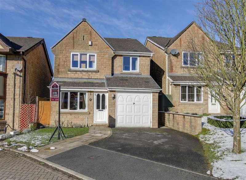 4 Bedrooms Detached House for sale in Ogden Drive, Helmshore, Rossendale