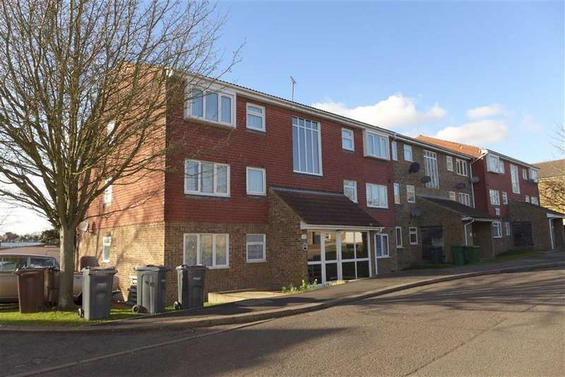2 Bedrooms Apartment Flat for sale in Laurel Park, Harrow, Middlesex