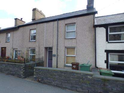 Terraced House for sale in Glandwr Terrace, Glanypwll, Blaenau Ffestiniog, Gwynedd, LL41
