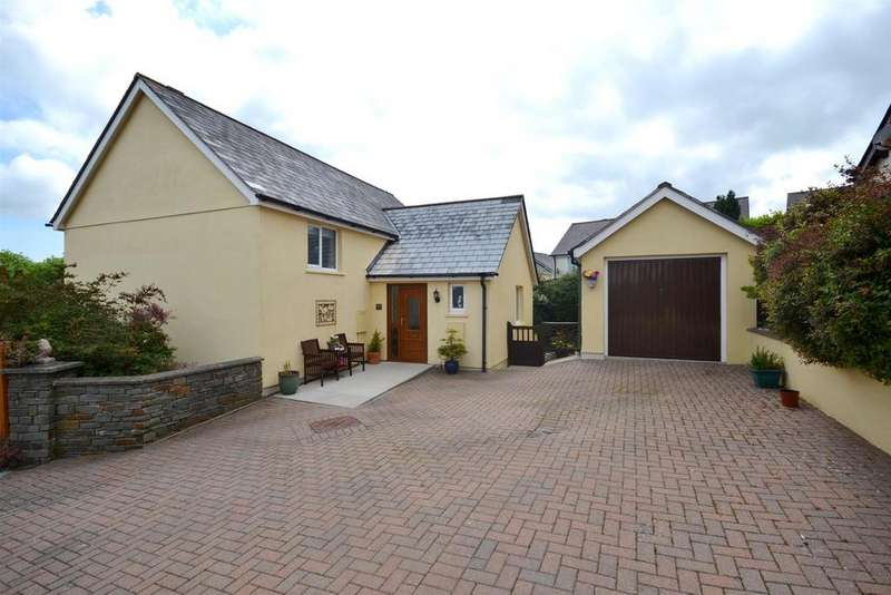 4 Bedrooms Detached House for sale in Swallowdale, Saundersfoot