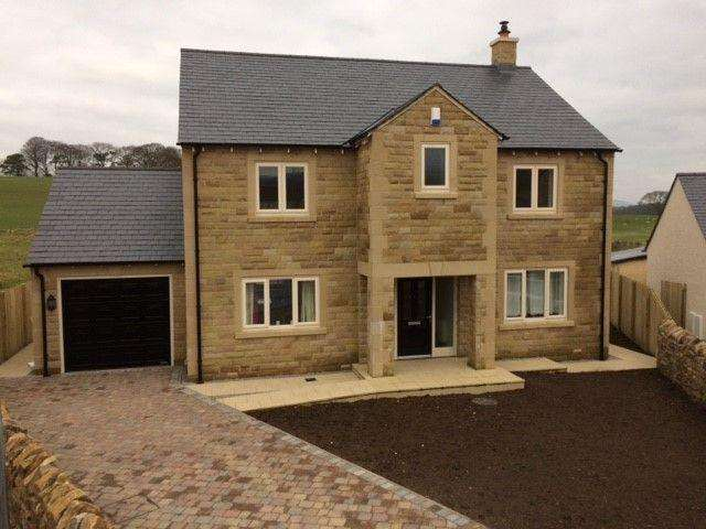 4 Bedrooms Detached House for sale in PLOT 8 - The Yarrow, The Meadows, Hornby, Lancashire, LA2 8JP