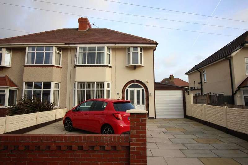 3 Bedrooms Semi Detached House for sale in The Corners, Cleveleys