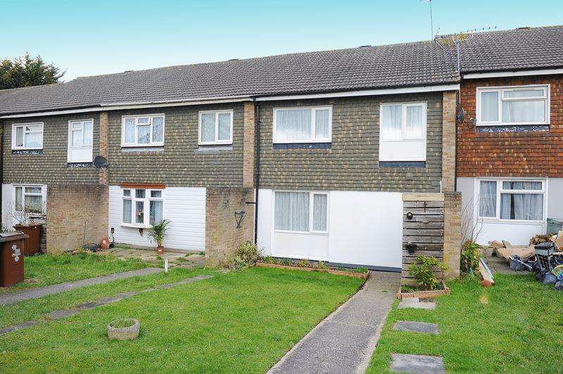 3 Bedrooms Terraced House for sale in Cadogan Close, Harrow