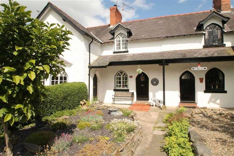 2 Bedrooms Terraced House for sale in Hand Terrace, Chirk