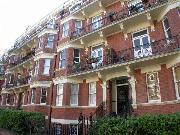 3 Bedrooms Apartment Flat for sale in Biddulph Mansions, Maida Vale, W9