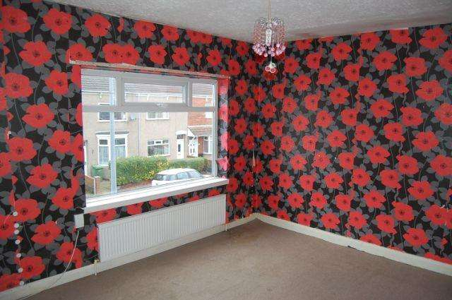 3 Bedrooms Terraced House for sale in Kettlewell Street, Grimsby, North East Lincolnshire, DN32