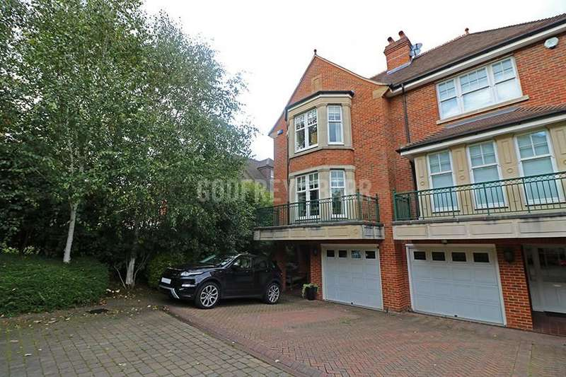 5 Bedrooms Semi Detached House for sale in Mountview Close, Hampstead Garden Suburb / Golders Hill