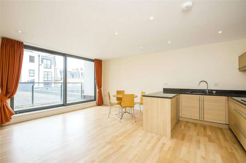 2 Bedrooms Apartment Flat for sale in Fulham Road, London, SW10