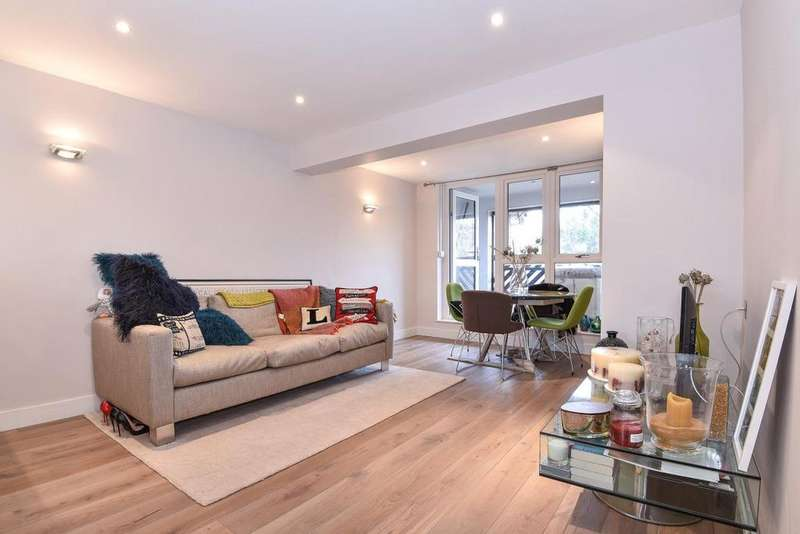 1 Bedroom Flat for sale in Buttermere Close, Morden