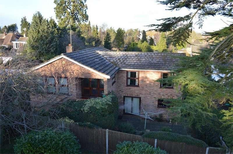 4 Bedrooms Detached House for sale in 31 Grange Park, Bishop's Stortford